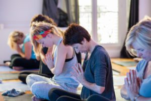 Newake beforework yoga et petit-déjeuner