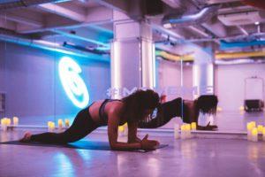 yoga pour les coureurs Asics